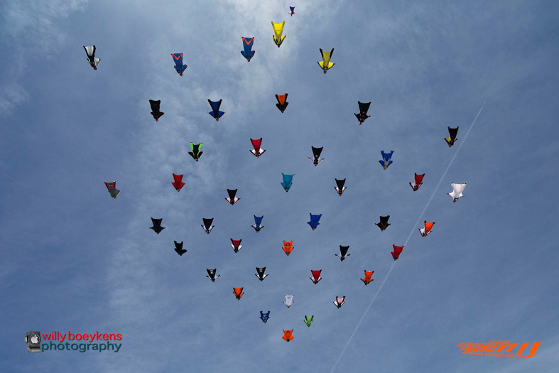 WingsuitWorldRecord42WayDiamond-4.jpg