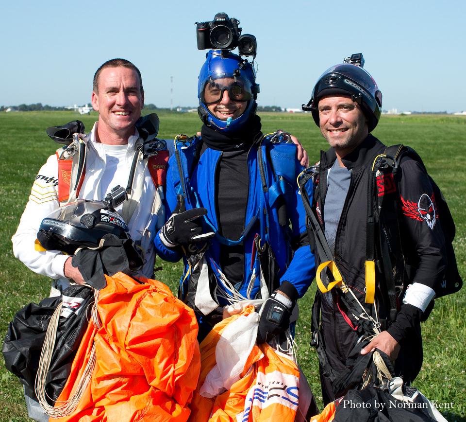 SkydiveChicagoHeadDownWorldRecordGustavoCabana-9.jpg