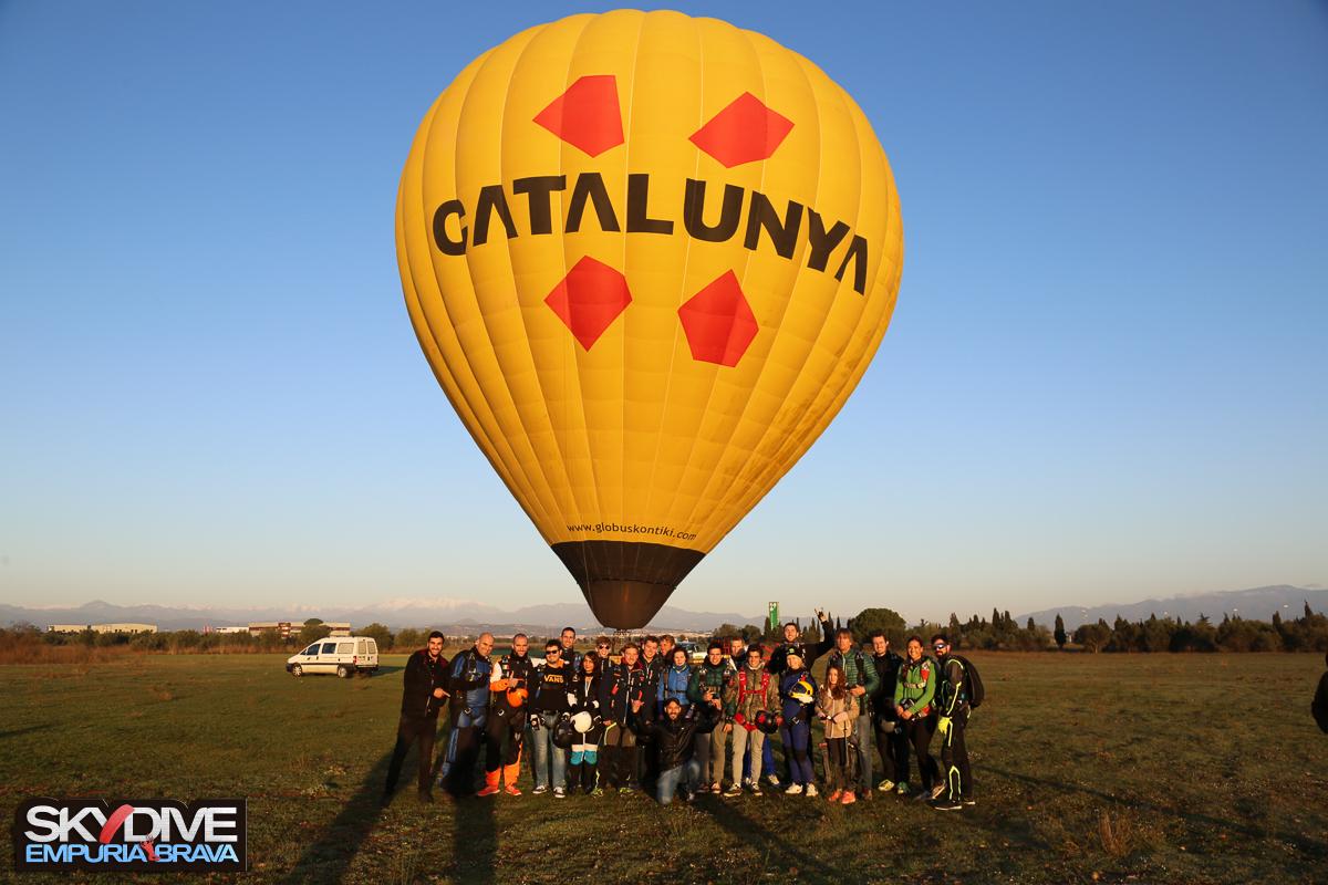 Balloon-jump-Xmas-Fest-2016-25.jpg