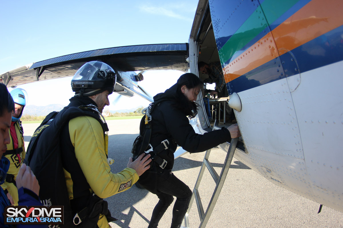 Tandem-Jumps-Skydive-Empuriabrava-november-2016-70.jpg
