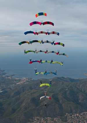 paracaidismo--tn_CF-21-Way-Photo-Gustavo-Cabana.jpg