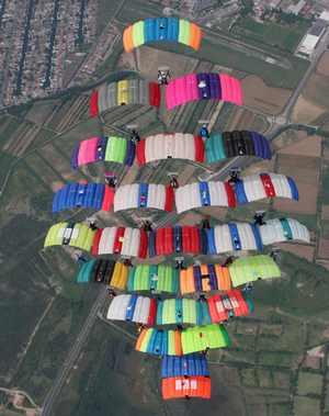 paracaidismo--tn_cf-05-V-Van-Laethem-(9).jpg