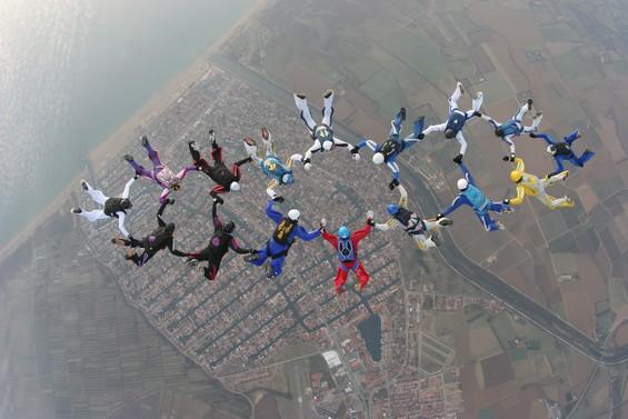 paracaidismo--993v.JPG