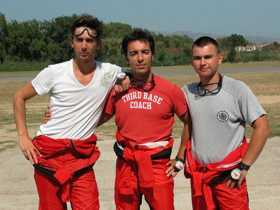 paracaidismo--25-jul-06-eng.jpg
