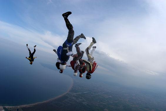paracaidismo--Go_Vertical_2006_spring_by-.jpg