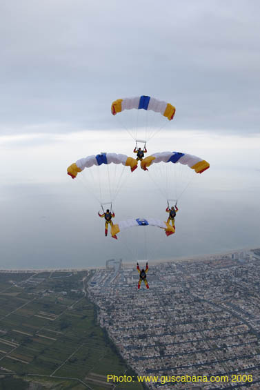 paracaidismo--2006-05-19_376.jpg