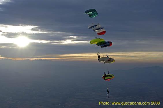 paracaidismo--2006-05-21_210.jpg