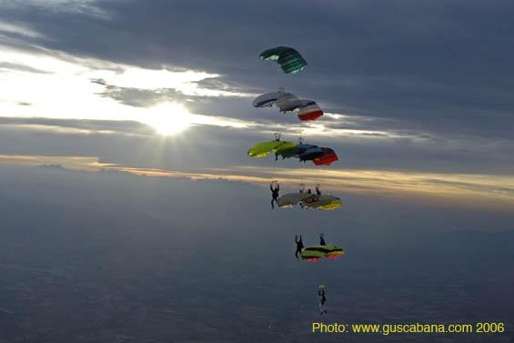 paracaidismo--aaa2006-05-21_209.jpg