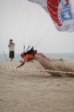 paracaidismo--beach_boogie_06_by_guscabana-(10).jpg