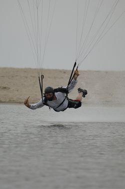 paracaidismo--beach_boogie_06_by_guscabana-(15).jpg