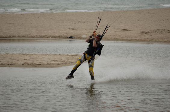 paracaidismo--beach_boogie_06_by_guscabana-(24).jpg