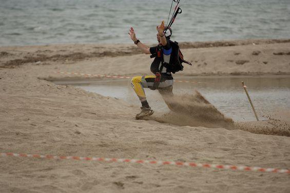 paracaidismo--beach_boogie_06_by_guscabana-(26).jpg