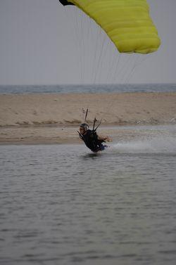 paracaidismo--beach_boogie_06_by_guscabana-(3).jpg