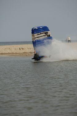 paracaidismo--beach_boogie_06_by_guscabana-(35).jpg