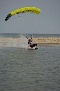 paracaidismo--beach_boogie_06_by_guscabana-(39).jpg
