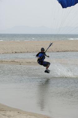 paracaidismo--beach_boogie_06_by_guscabana-(63).jpg