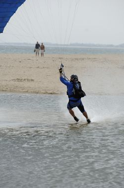 paracaidismo--beach_boogie_06_by_guscabana-(68).jpg