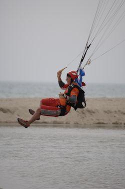 paracaidismo--beach_boogie_06_by_guscabana-(9).jpg
