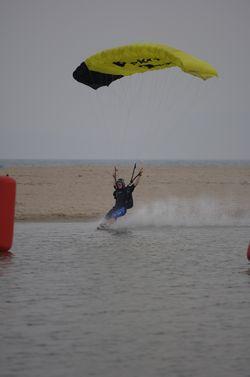 paracaidismo--beach_boogie_06_by_guscabana.jpg