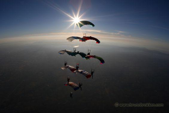paracaidismo--tn_IMG_4896small-copy.jpg