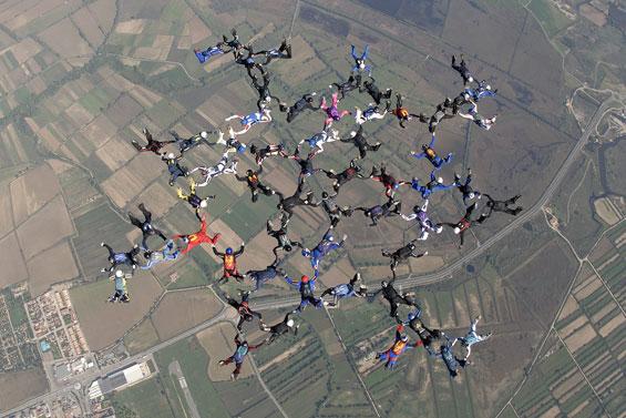 paracaidismo--60WayChallenge_gus_1-10-6.jpg