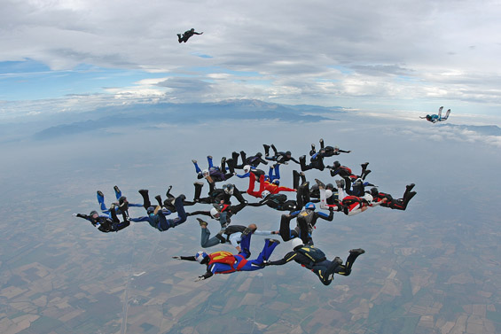 paracaidismo--aiespeed_ch_gus_30-9-6-(3).jpg