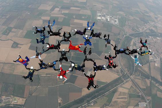 paracaidismo--aiespeed_ch_gus_30-9-6-(4).jpg