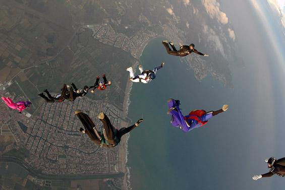 paracaidismo--airspeed_ch_06_gus_27_9_06-(3).jpg