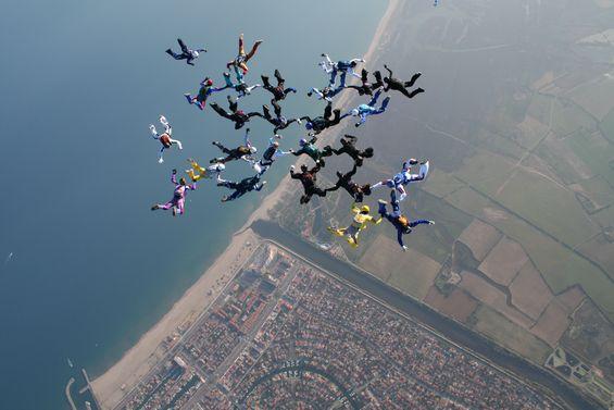 paracaidismo--1111tn_28-12-06-(27).JPG