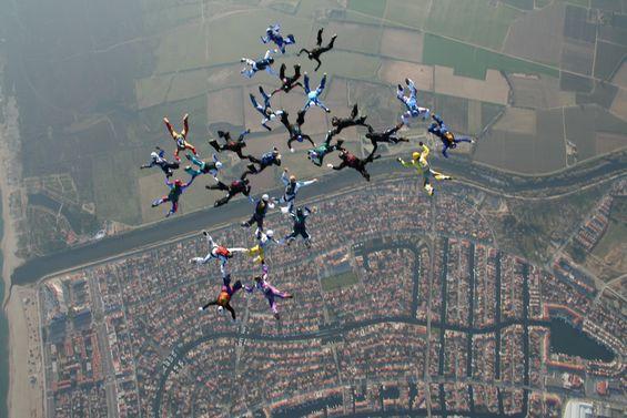 paracaidismo--1111tn_28-12-06-(29).JPG