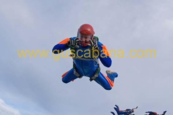 paracaidismo--2-01-2007_by_gustavo_cabana-(10).jpg