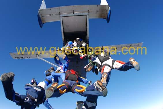 paracaidismo--2-01-2007_by_gustavo_cabana-(16).jpg