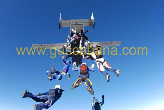 paracaidismo--2-01-2007_by_gustavo_cabana-(17).jpg