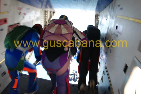 paracaidismo--2-01-2007_by_gustavo_cabana-(42).jpg