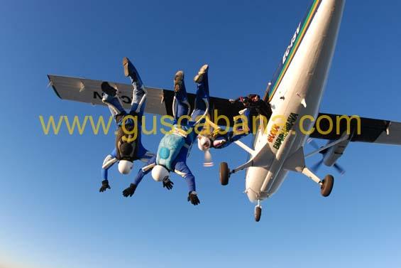 paracaidismo--2-01-2007_by_gustavo_cabana-(48).jpg