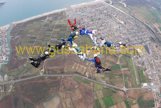 paracaidismo--2-01-2007_by_gustavo_cabana-(5).jpg