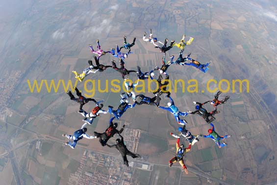paracaidismo--2-01-2007_by_gustavo_cabana-(52).jpg