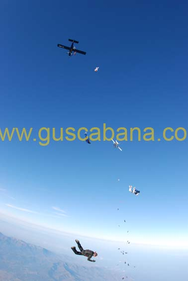 paracaidismo--2-01-2007_by_gustavo_cabana-(58).jpg