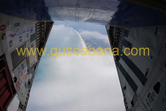 paracaidismo--2-01-2007_by_gustavo_cabana-(6).jpg