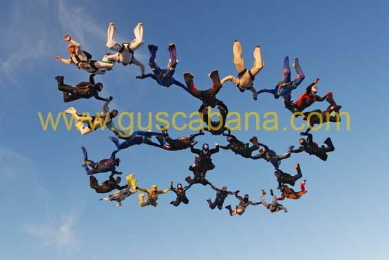 paracaidismo--2-01-2007_by_gustavo_cabana-(62).jpg