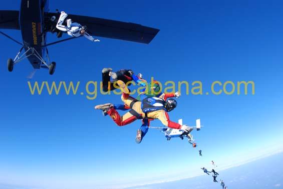 paracaidismo--2-01-2007_by_gustavo_cabana-(74).jpg