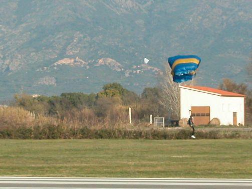 paracaidismo--26-12-06_x-mas_j-(24).JPG