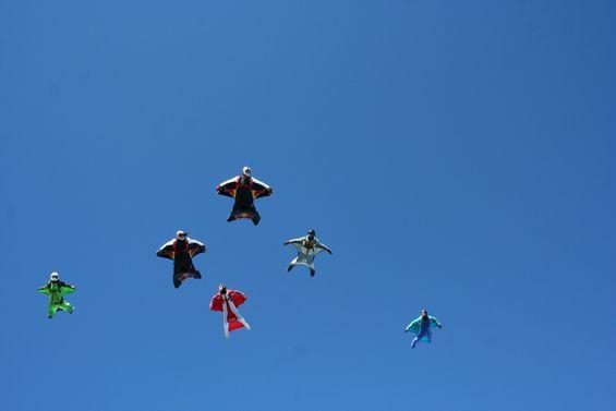paracaidismo--6-1-7wingsuitboogie.jpg
