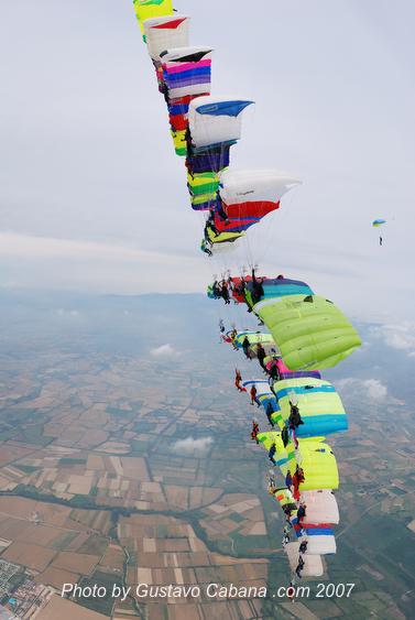 paracaidismo--07-5-31_122.JPG