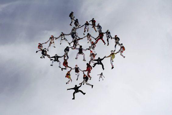 paracaidismo--aaa_euror07_141607.jpg