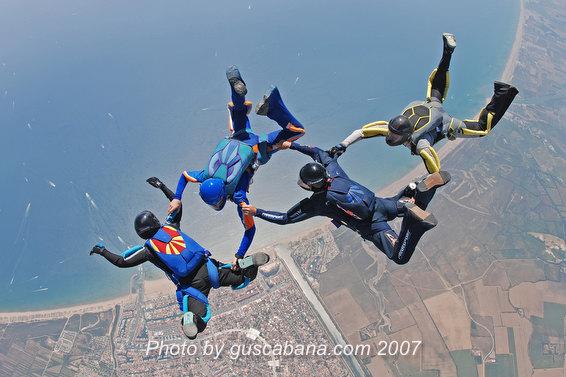 paracaidismo--Katana-Team-11-by-Gustavo-Cabana-.JPG