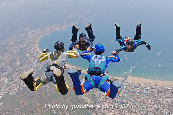 paracaidismo--Katana-Team-13-by-Gustavo-Cabana-.JPG