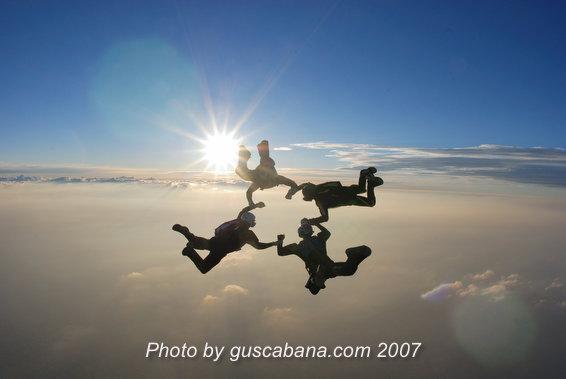 paracaidismo--Sabre-Team-06-by-Gustavo-Cabana-.JPG