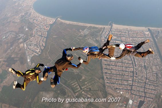 paracaidismo--Sabre-Team-07-by-Gustavo-Cabana-.JPG