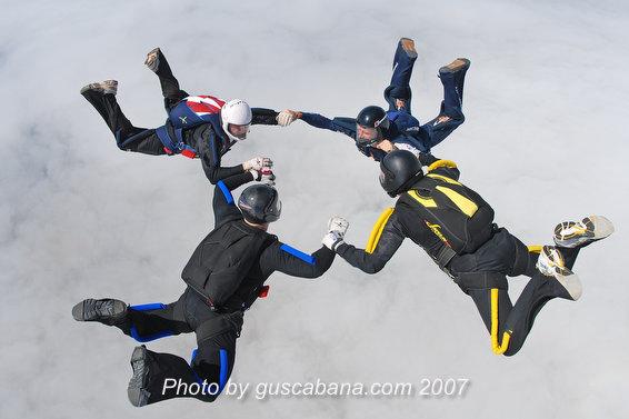 paracaidismo--Sabre-Team-09-by-Gustavo-Cabana-.JPG